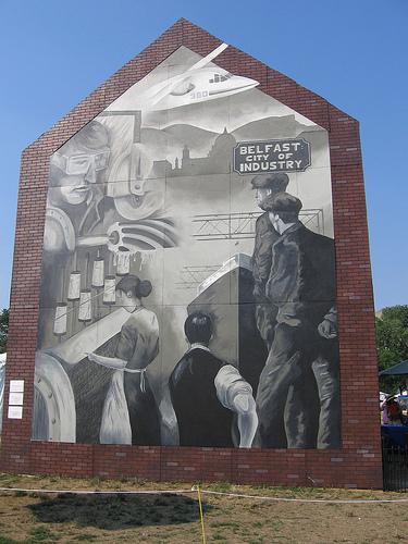 Smithsonian mural