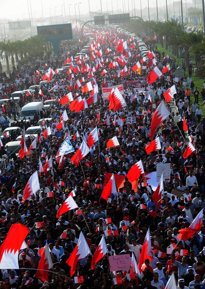 Bahrain_pearl_revolution_CC
