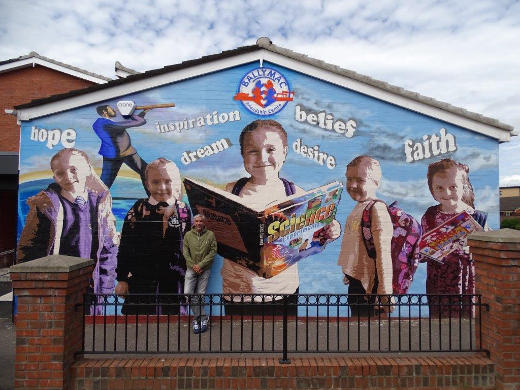 Dee Craig Ballymac mural Belfast 2016