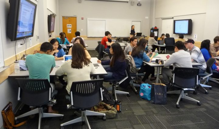students in active learning classroom